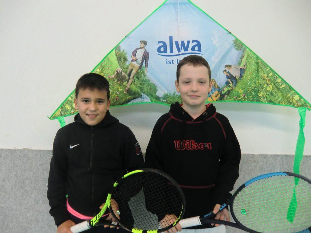 Die Finalteilnehmer Raffael Gasanov (L) und Jan Smrcka